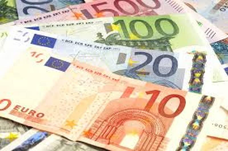 Euro under pressure in Asia ahead of ECB meeting