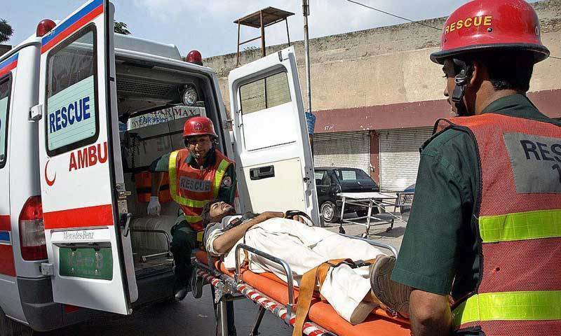 7 killed in two road mishaps