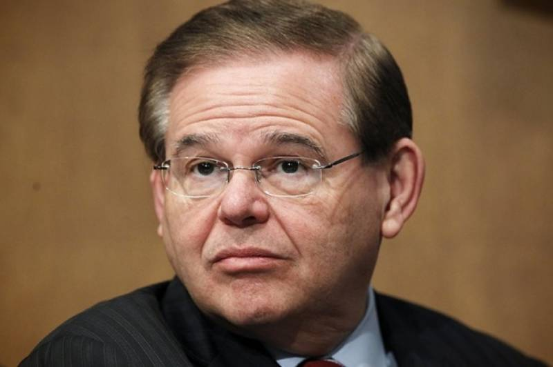 US senator charged with corruption