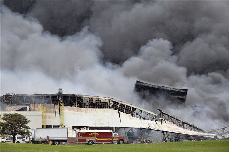 Massive fire breaks out at manufacturing factory in Kentucky