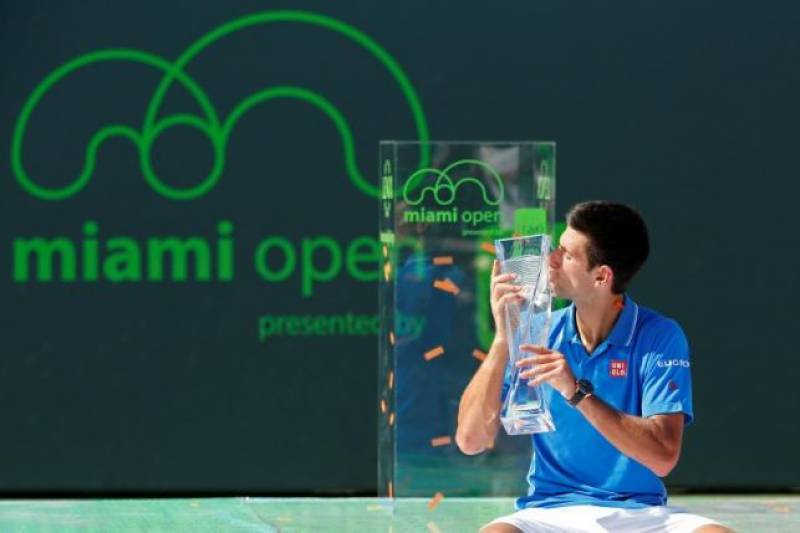 Djokovic continues domination with win over Murray