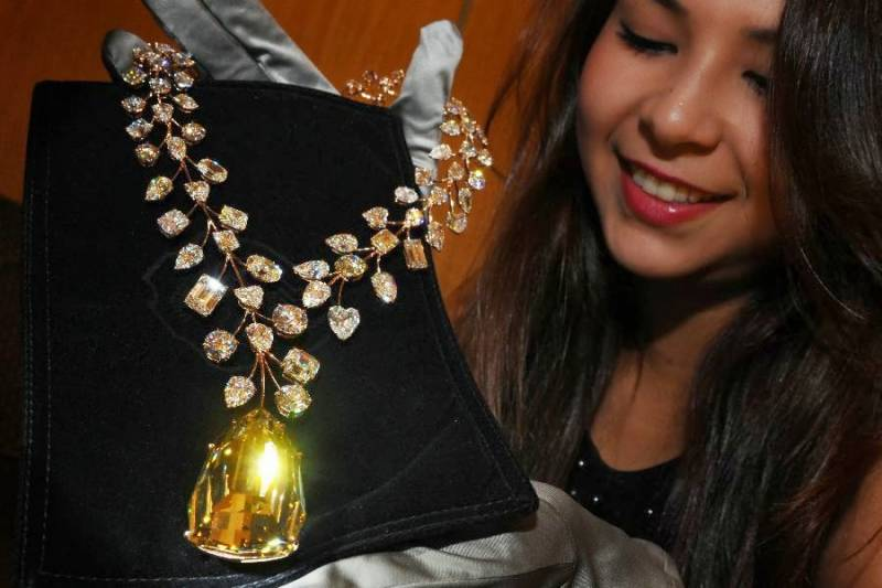 Do you love jewelry? here's a list of world's most expensive jewels