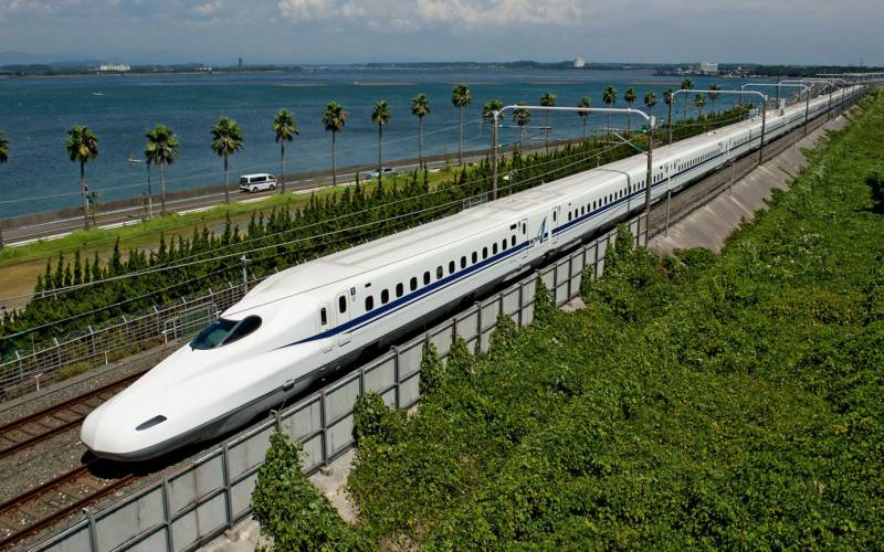 Japan's maglev train sets new speed record