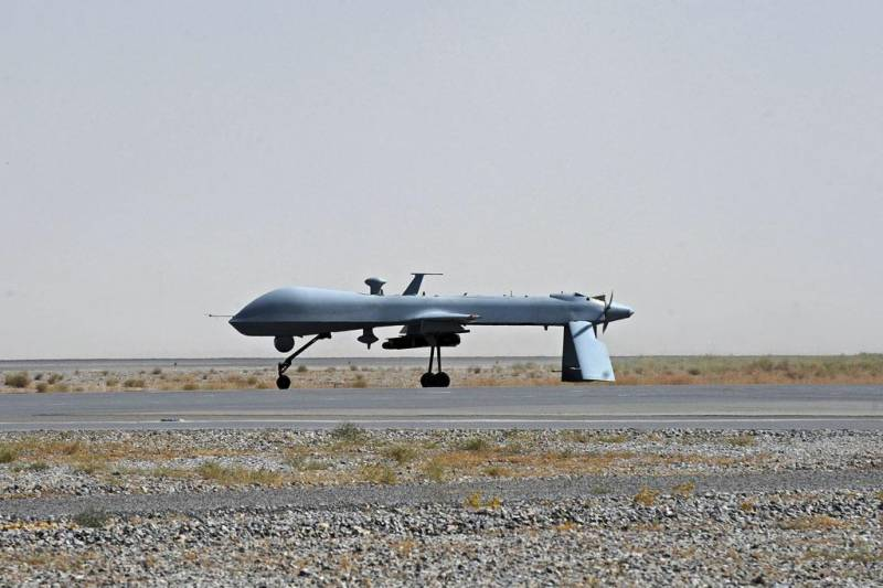 If Obama apologized for 1 civilian death from drone every day, it would take him 3 years