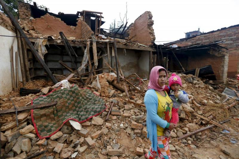 Death toll tops 6300 in quake hit-Nepal