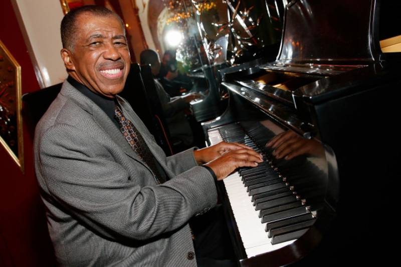 R&B legend Ben E King dies at 76