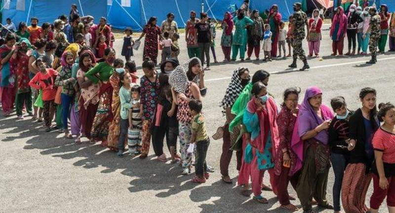 Nepal customs holding up aid relief despite swelling death toll