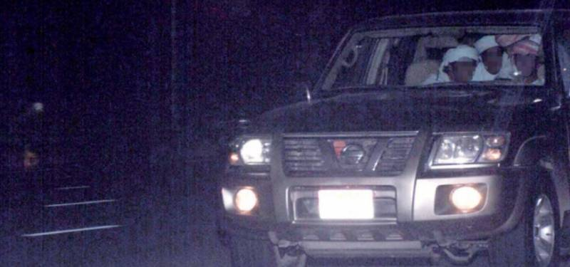 SELFIE FEVER: 4 caught driving at 205 km/hour in Dubai