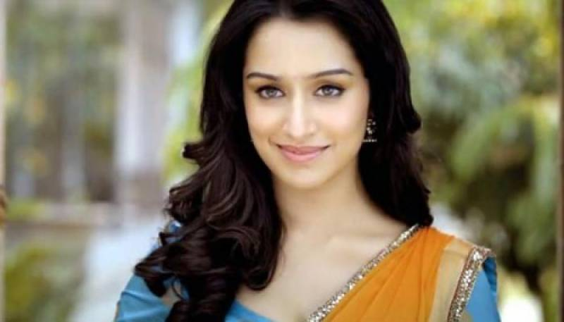 Shraddha and Farhan to sing duets in Rock On 2