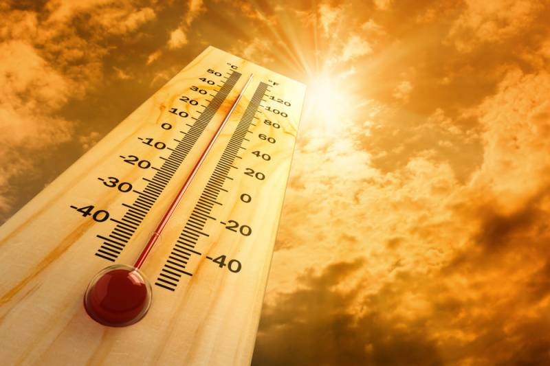 Heatwave engulfs 600 people, but Pakistanis still deny Climate Change