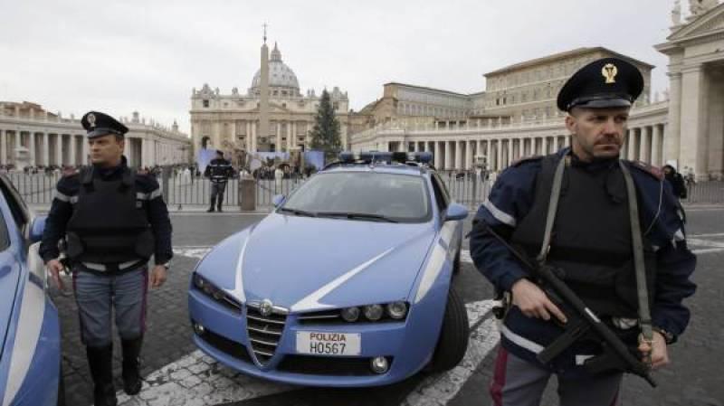 Peshwar bombing suspect held in Rome