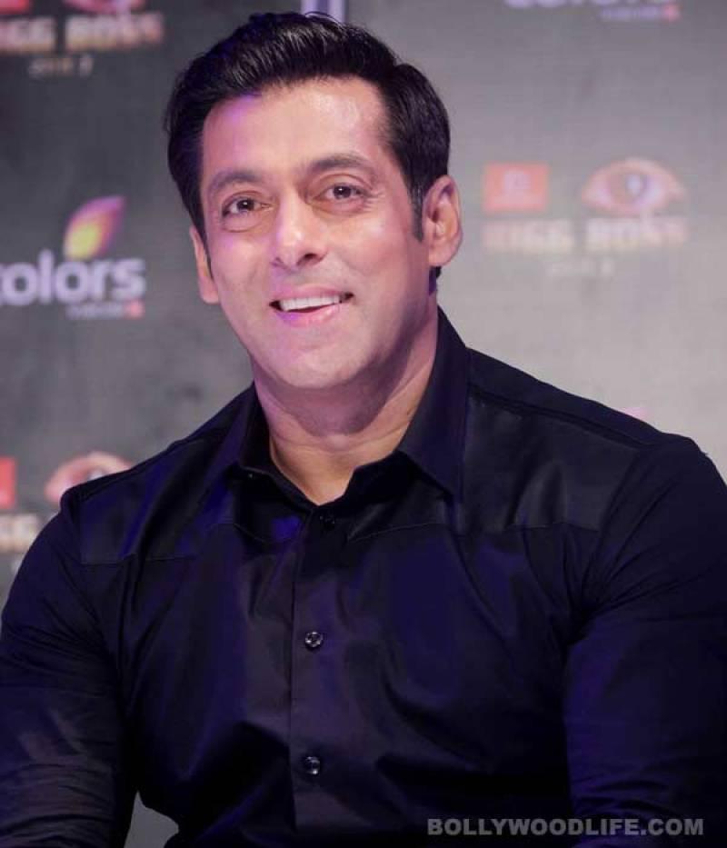 Salman Khan provides television sets to Kashmiris