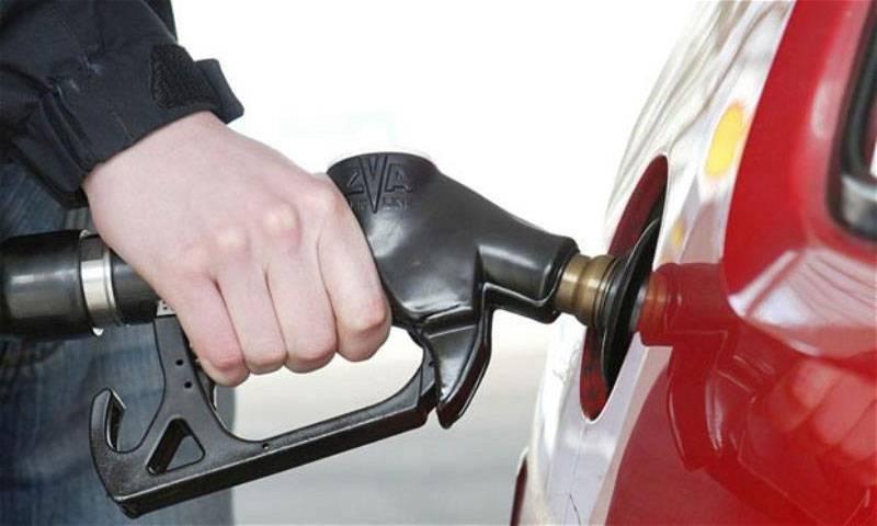 Ogra seeks Rs4.26 per litre increase in petrol price