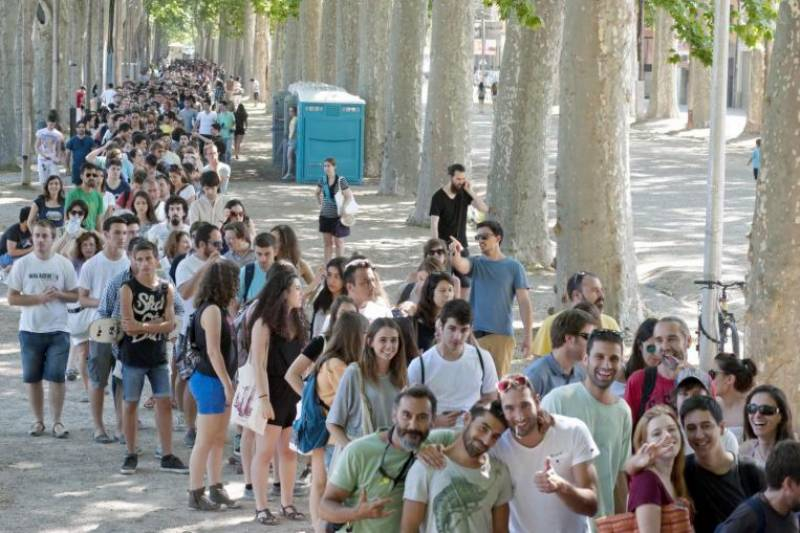 Game Of Thrones recruits 2400 extras for season 6