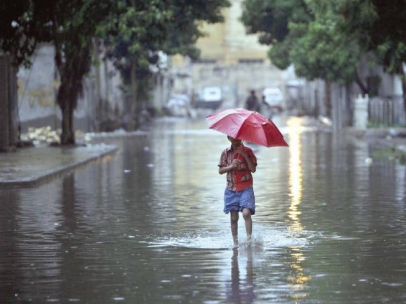 Met Office predicts rain in parts of country tonight