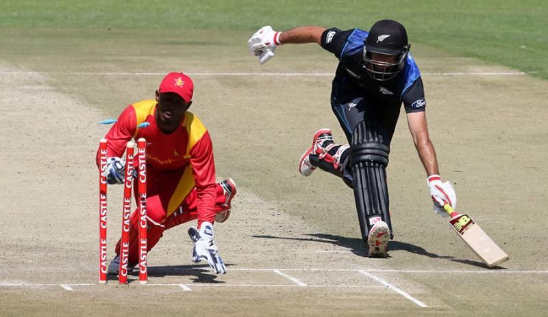 Ervine ton lifts Zimbabwe to unusual win