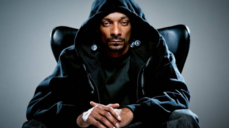 Italy police seize $205k from US rapper Snoop Dogg