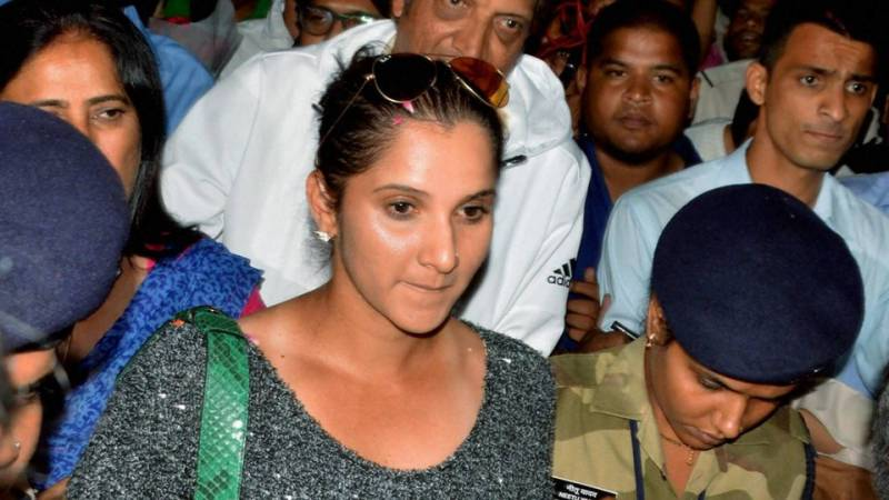 Sania Mirza lands in trouble with police over improper number plate