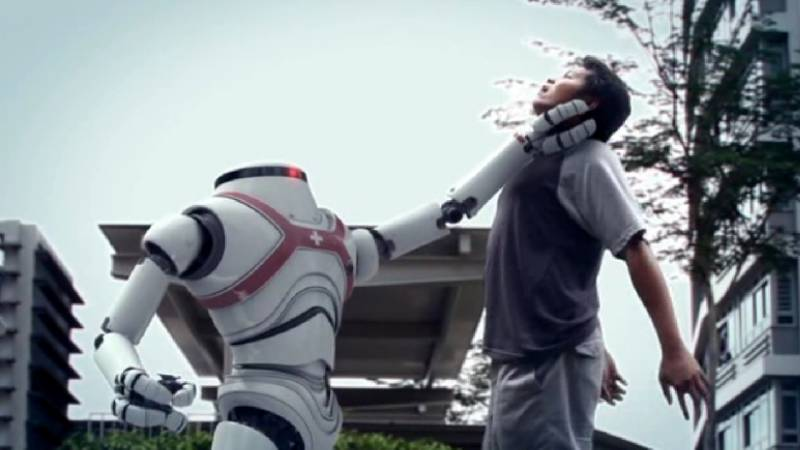 Robot kills India factory worker