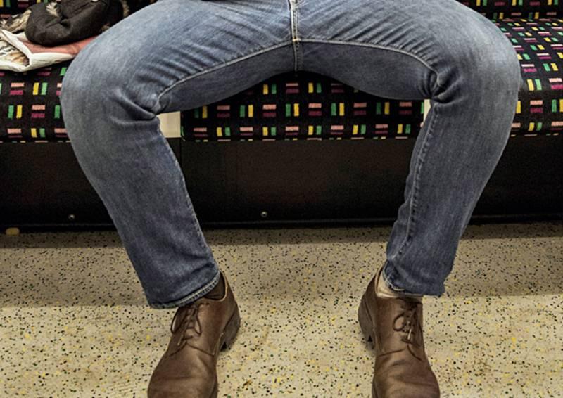 25 bizarre entries to OxfordDictionaries - 'manspreading' going viral