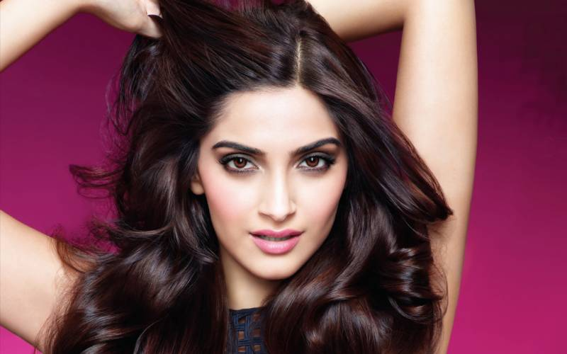 India to remain 3rd world nation because of intolerant, misogynistic and close minded few: Sonam Kapoor