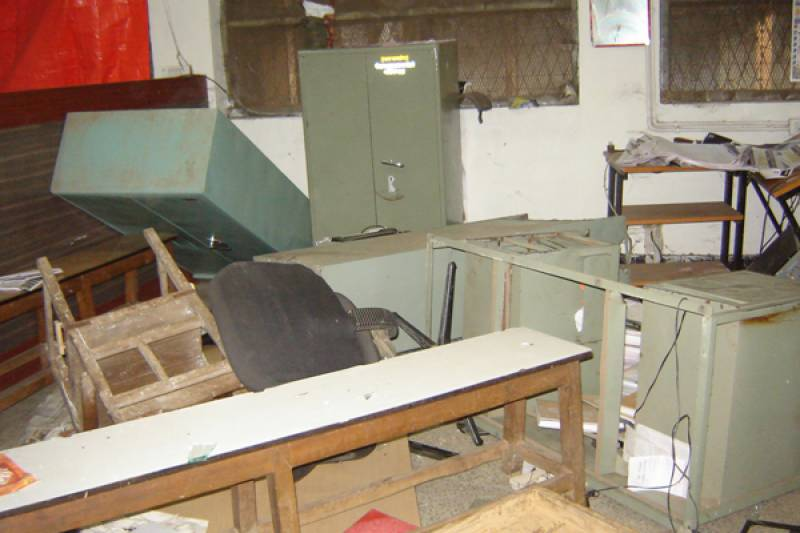 Indian army-men vandalise police station in Vijay Nagar; beat cops