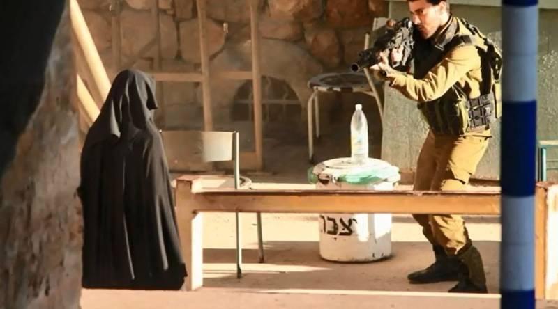 Israeli forces shoot Palestinian teenager 10 times, let her die in street