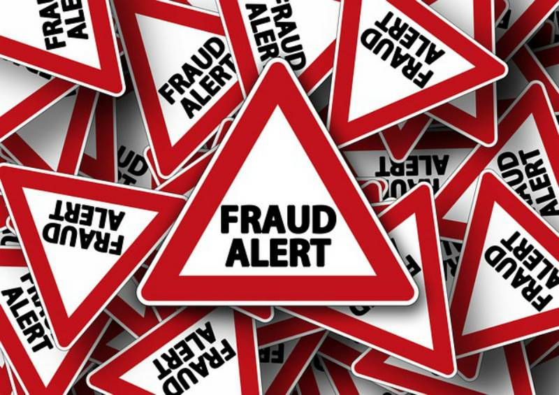 Fake judge swindles 'fraudster' out of Rs0.9m