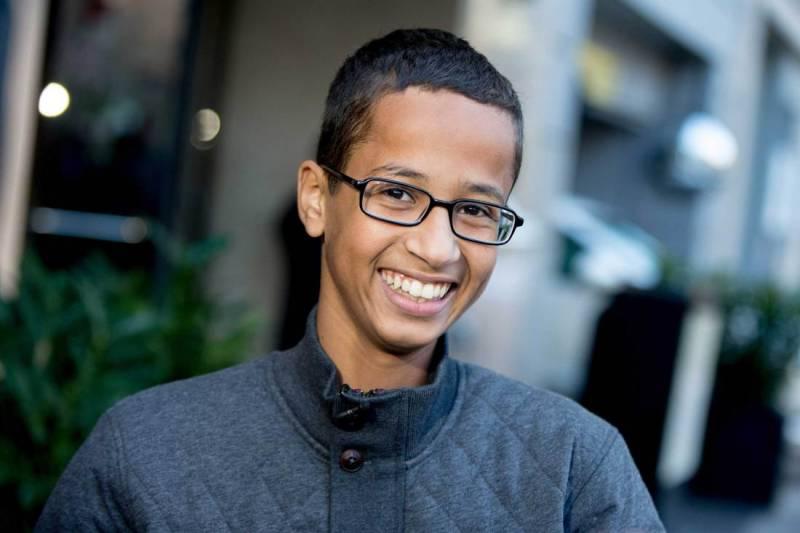 Texas 'clock boy' Ahmed Mohamed moves to Qatar