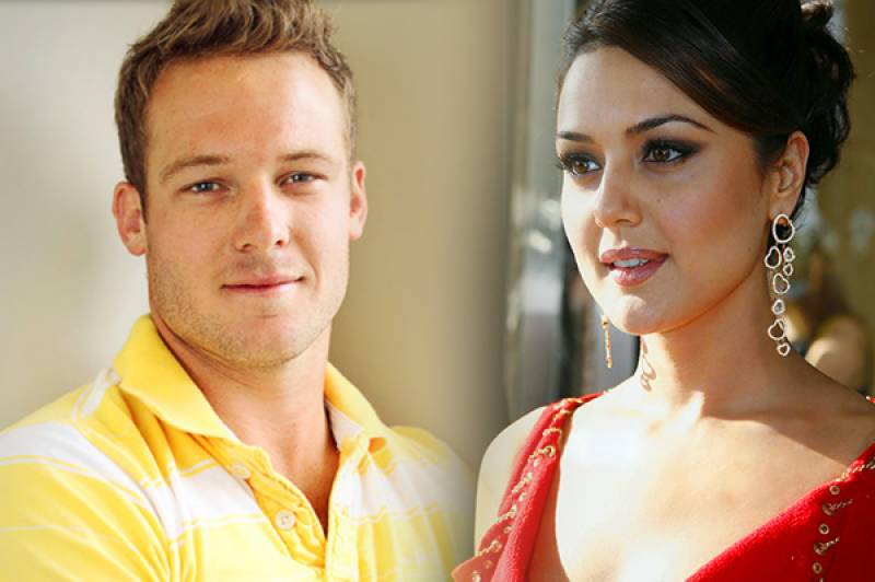 Preity Zinta dating South African cricketer?