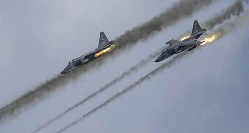 Russian air strikes kill 42 in Islamic State-held Syrian city