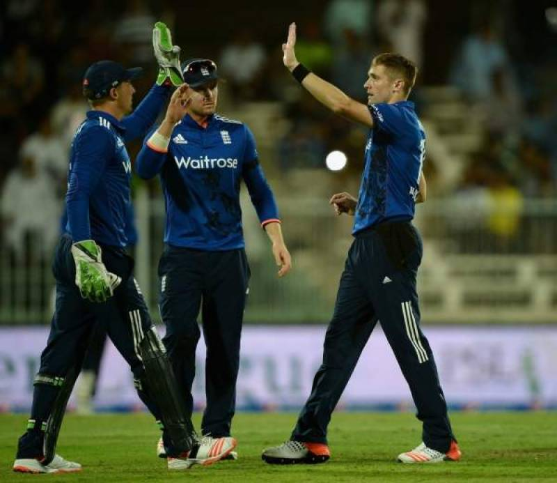 3rd ODI: England win by six wickets to take a 2-1 lead