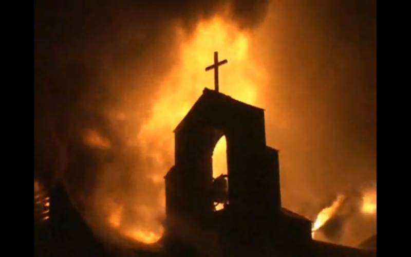 Muslim fundraisers collect £65,000 to rebuild three churches torched after Charleston shooting