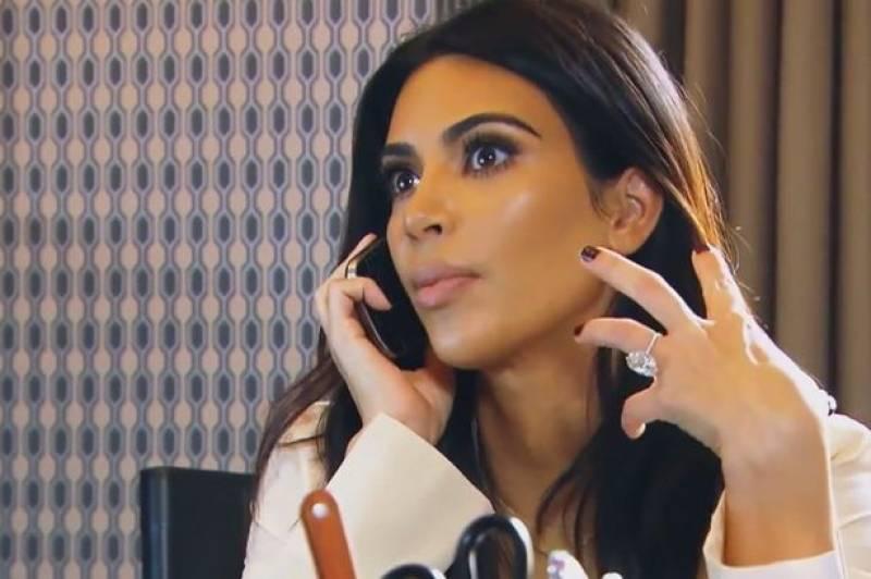 Kim Kardashian gives birth to a baby boy