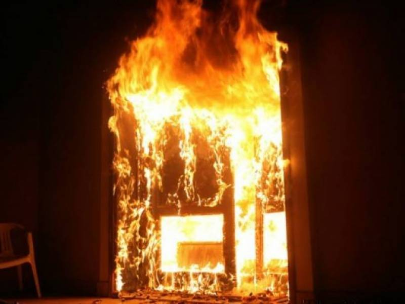 Two children die as house catches fire in Bannu