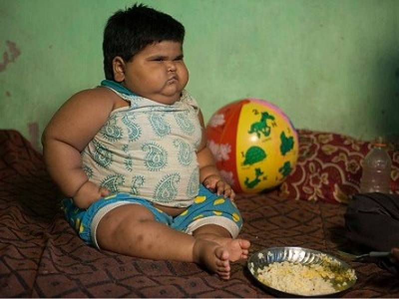 Indian family spends all income to feed hefty 53-pound baby