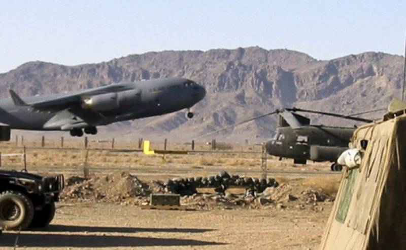 Taliban attacks Kandahar airfield