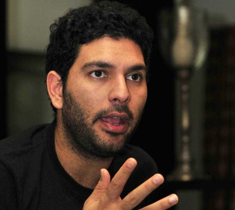 VIDEO: Yuvraj Singh offers best wishes to Peshawar team