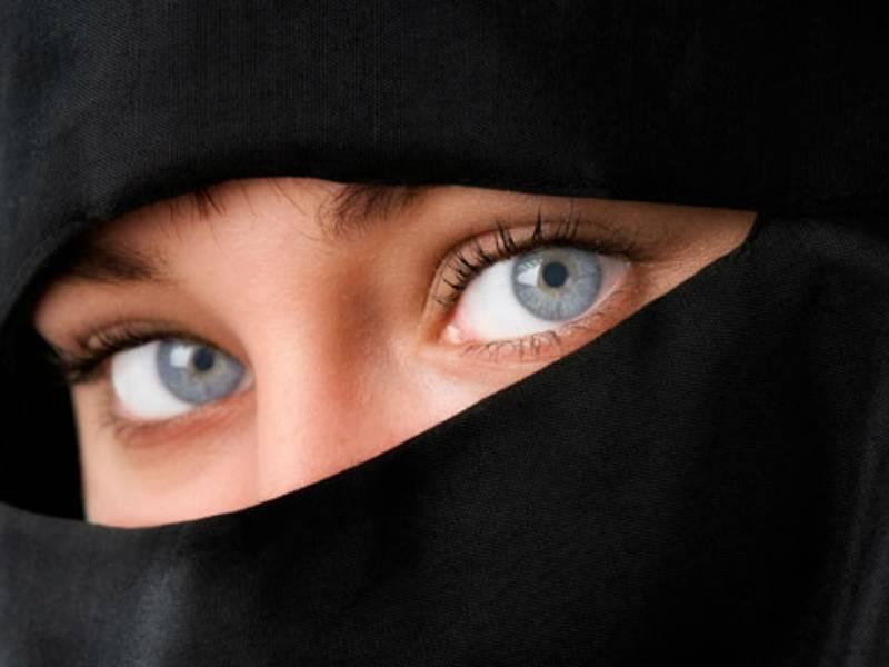 Things Saudi women can/can't do