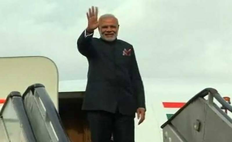 Indian PM Modi leaves for Delhi after brief meeting with PM Nawaz in Lahore