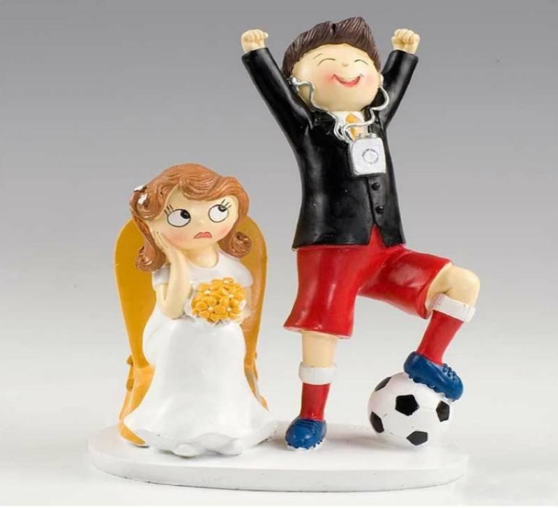 Groom skips wedding for football match; bride's father cancels wedding