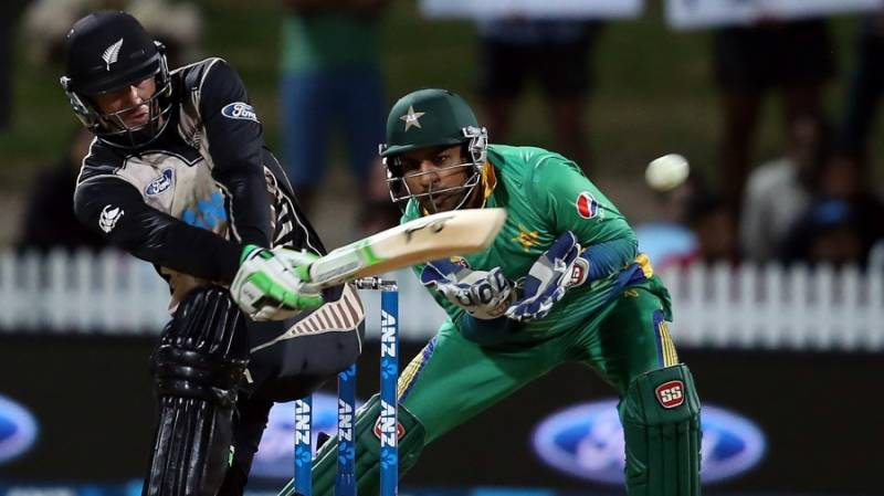 Second T20: New Zealand beat Pakistan by 10 wickets