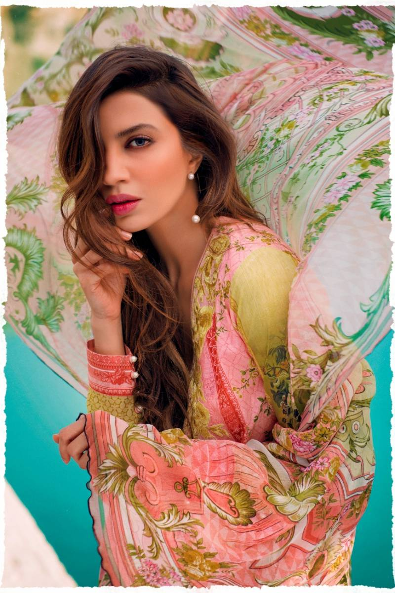 Sapphire Spring Summer 2016 Lawn Launch
