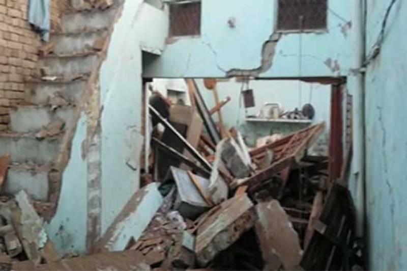 Lightning kills seven of same family in Khushab