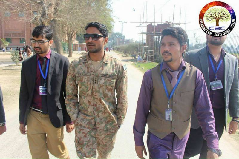 PICS: Fake Army captain delivers lecture at FC College; raises funds for IDPs