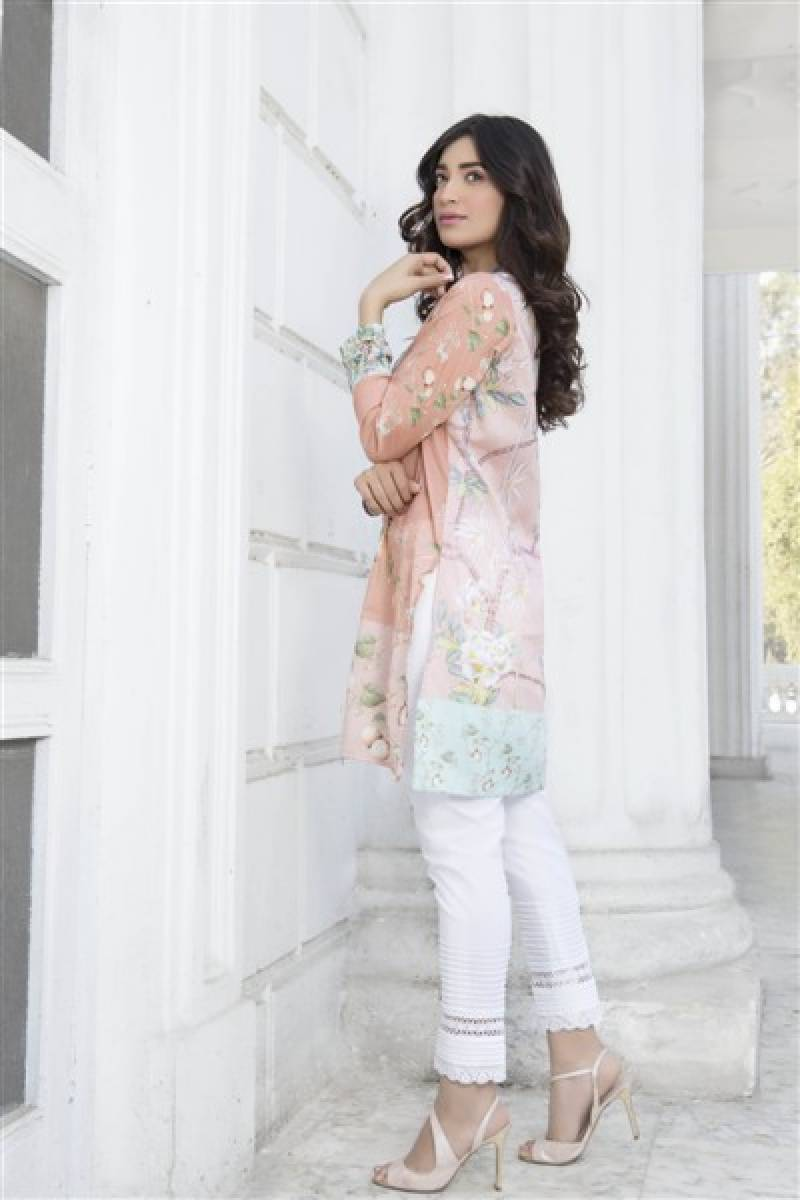 Nida Azwer Atelier set to release their S/S '16 boutique lawn collection