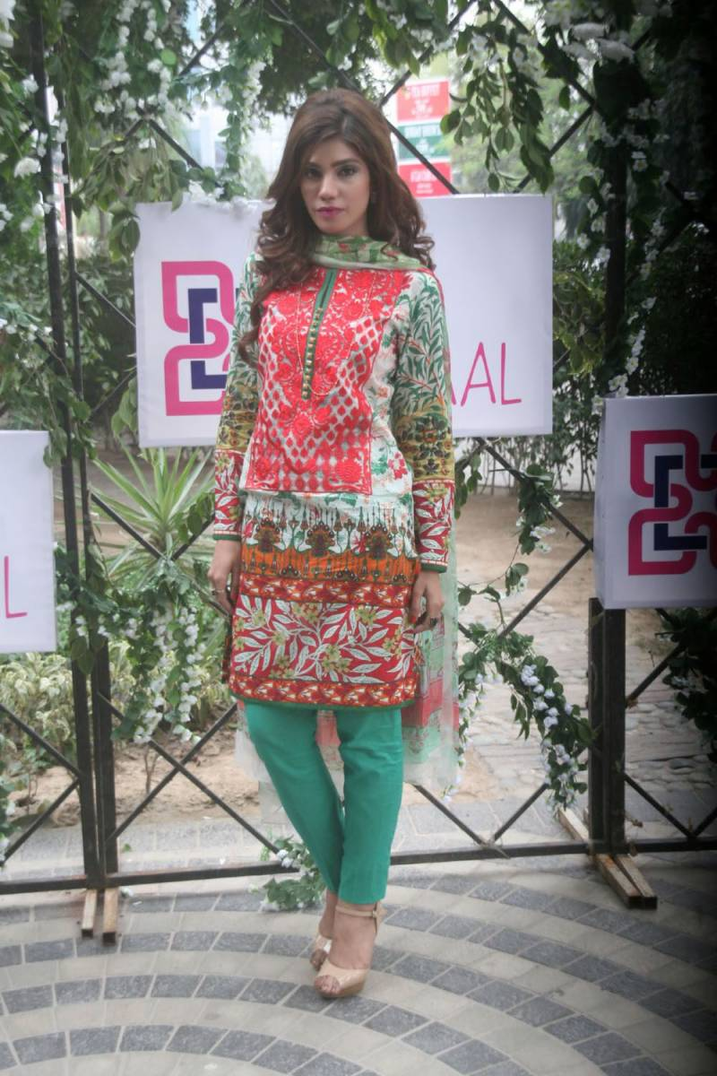Gulaal Lawn Preview: Bold Colors and traditional prints