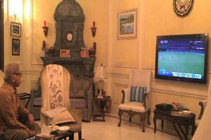 WT20 semi-final: Shahbaz watches match, congratulates West Indies
