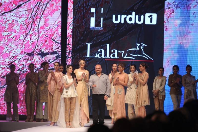 LALA showcased 'SHEEN' S/S '16 Fabric and Embroideries at Fashion Pakistan Week 2016!
