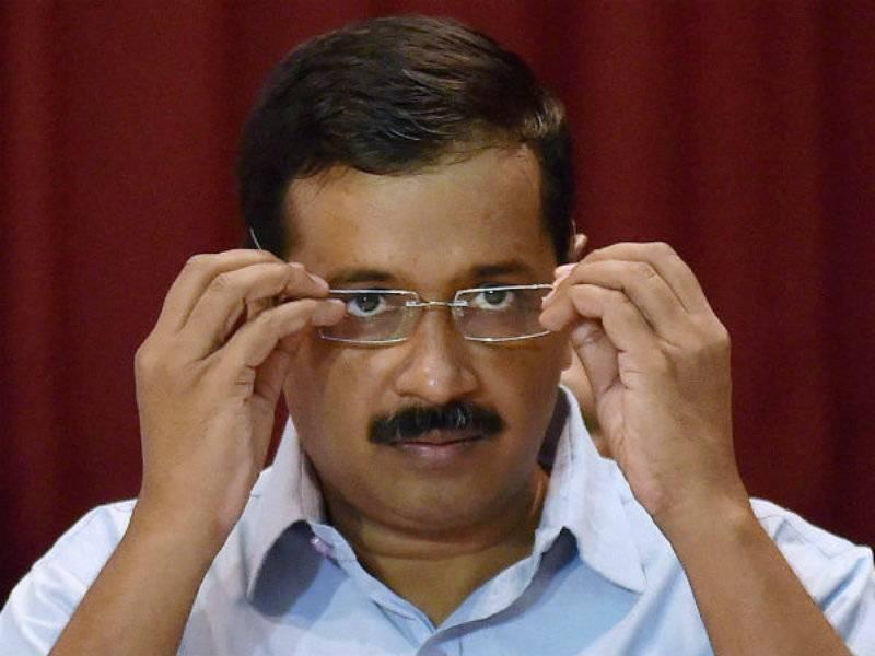 VIDEO: Angry activist throws shoe at Delhi CM Kejriwal